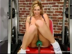 Anal Banging and Double Machine Penetration for Insatiable Blonde