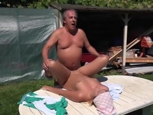 College girl wet pussy outdoor fucking fat old man in doggy style