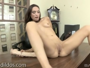 Fabulous solo model jams her tight anal with a massive dildo