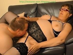 Lick granny's pussy