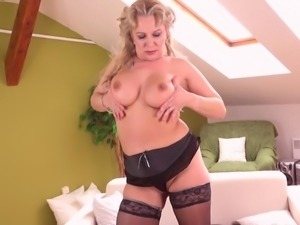 Sexy amateur mature mother needs a good fuck