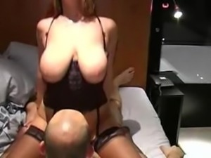 Natural big boobs girl homemade fuck