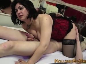 Old whore gets cum facial