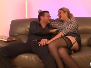 La Cochonne - Intense threesome with hot amateur French slut