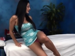 Teen chick sucks fat penis in advance of getting it in cunt