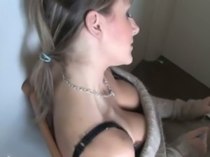 Hot amateur blonde wifey gives me a great view of her mamas