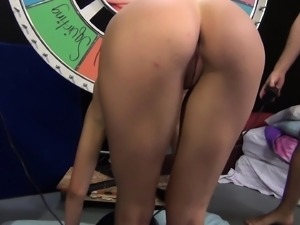 Sexy Anna Morna blows a long pole and drives her shaved slit to orgasm