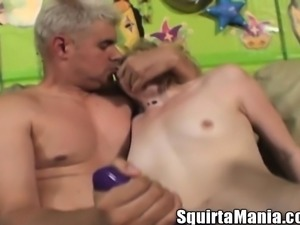 Cute babe with a hot ass Missy Mathers engages in anal sex and squirts