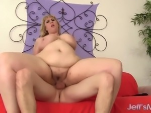 Full Figured blonde fucked