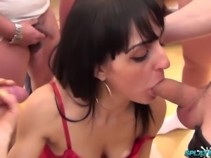 Sexy Asian babe takes facials and cum on her tits in bukkake