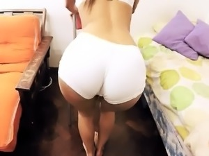 Incredible Body Teen Big Ass Puffy Pussy In Tight Lycra Shor