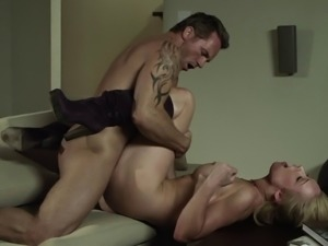Fascinating cougar MILF screaming as she gets ravished missionary