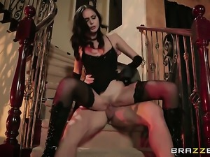 Naughty woman Ariana Marie wants Johnny Castle shove his love wand in her...