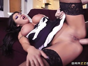 Brunette August Taylor with juicy boobs satisfies her anal needs