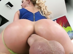 Blonde sex kitten Cherie DeVille with gigantic breasts cant resist the desire...
