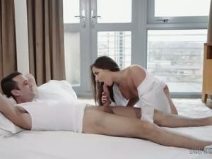 Hungarian big ass queen Amirah Adara loves sucking dick