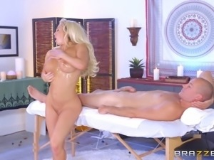 Olivia Fox decides to take that fat cock into her tighter hole