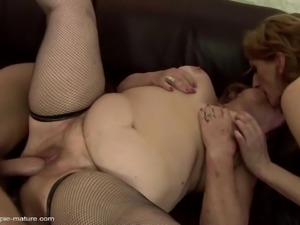 MOMs get warm pee and insane anal sex with youngsters