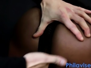 Interracial play with super fat ass ebony babe Jade Lux