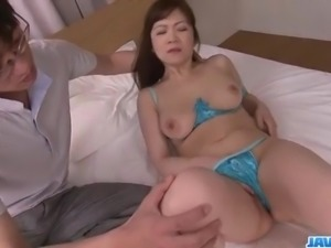 Ichika Asagiri looks amazing between two fat cocks