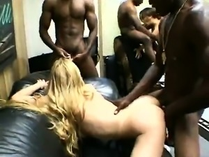2_anal_cumsluts_used_by_4_bbcs_interracial_orgy
