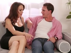 Skinny MILF with the brown hair kneels down to get a bonking