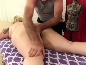 Blonde plumper has a masseur toying, fingering and licking her holes