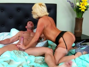 Depraved blond cougar Tara Holiday rides hard cock of Preston Parker