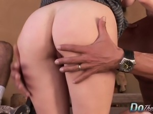 Hot blonde wife with a wonderful ass Liz orgasms on a stranger's cock