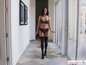 Big boobed hottie fucked bad doggystyle in arousing sex tape