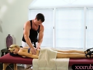 Big boobs blondie woman pussy pounded by her masseur
