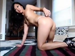 Girl asian crazy playing on live webcam - burstpussy(dot)com