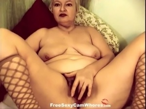 This hot mature slut has a dirty mind and she loves to show off her pussy