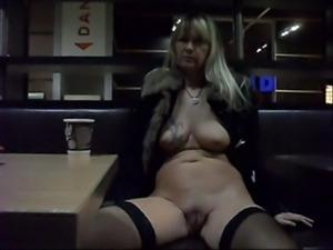 Nude in Public Regina Schulte aus Halver