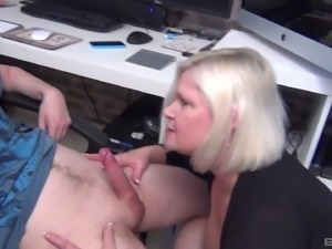 Milf refining big cock with blowjob till getting facial cumshot