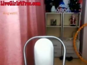 No man can resist a pretty webcam slut with a wonderful set of big tatas