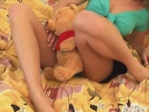Bikini babe enjoys her time with a vibrator