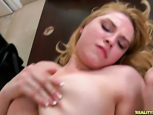 Tattooed Lexi Kartel gets her throat stuffed full of love stick in blowjob...