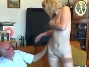 Older guy fucks younger chick !!!