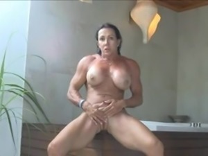 Sexy fitness babe rubs until she orgasms