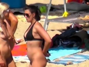 Spy Beach Mature Nudebeach Cabin sexy Teens and cute Moms