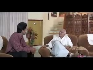 Shakeela wakes up her sister Kumtaz - Chinna Papa Pedda Papa