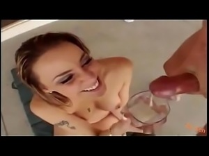 Sperm protein shake! music video (Jennifer L&oacute_pez- Let&#039_s te loud)...
