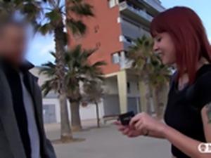 LAS FOLLADORAS - Spanish pornstar picks up amateur guy for a MMF threesome