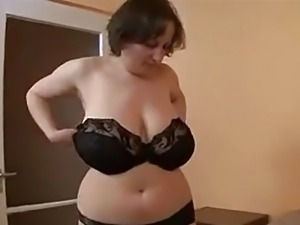 MONSTER TITS GERMAN BBW MATURE GETS FUCKED & SPRAYED -B$R