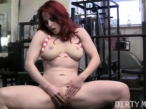 Sexy Fit Redhead Getting Dirty in The Gym