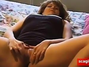 Amateur Threesome 17