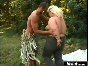 Getting fucked outdoors is her wet dream