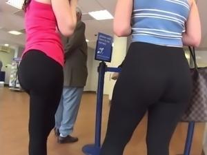 Unreal fat ass in leggings