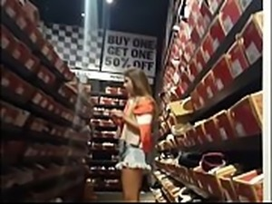 Blonde girl hot ass in store spycam